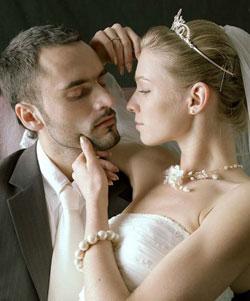 Зачем и почему женщины хотят женить на себе мужчин?