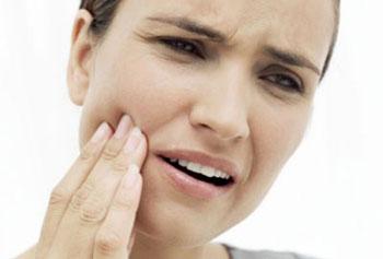 Новый способ лечения чувствительности зубов