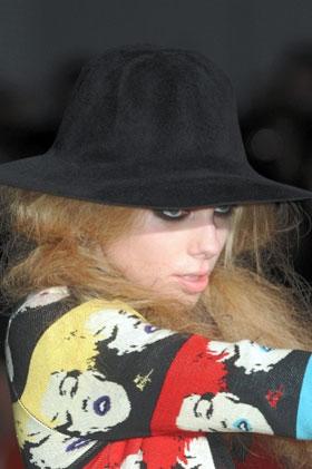 Betsey Johnson, осенний показ 2010-2011
