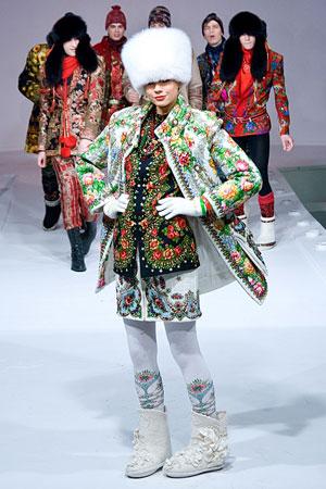 Самые модные аксессуары из меха 2010.