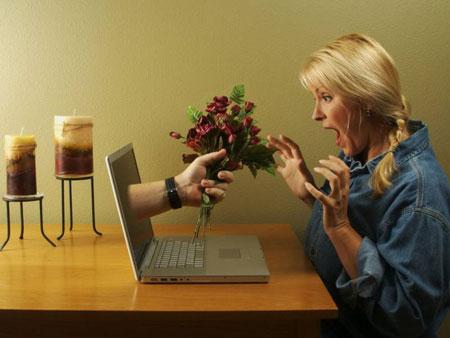 Знакомства в Сети привлекают тем, что быстрее приводят к сексуальной близости