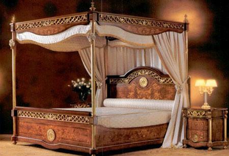 Секс на королевской кровати