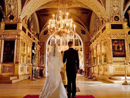 Вступление в брак: Как жениху и невесте подготовиться к таинству венчания?