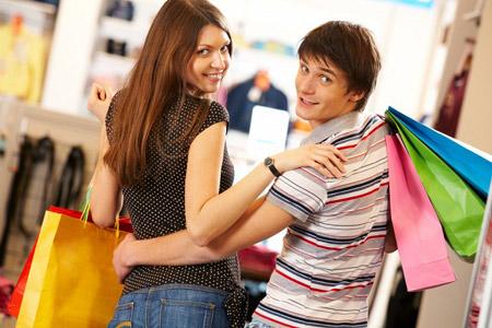Шопинг для двоих: Почему мужчины не любят ходить по магазинам?