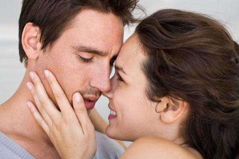 Я тебя очень сильно…» Как признаться в любви парню?