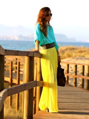 С чем носить длинную желтую юбку