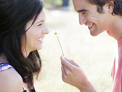 Эксперты назвали самообман секретом счастливого брака