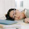 10 способов борьбы с дневной сонливостью: как не уснуть в офисе после обеда?