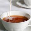 Не только вред, но и польза! Реабилитирован чай с молоком!