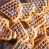 Готовим дома: 4 простых рецепта домашних вафель