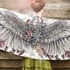 Полет птиц: Платки с крыльями для прекрасных женщин