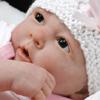 Кукла как ребенок: Реборны – с виду дети, а возьмешь на руки – игрушки