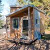 Как один веб-дизайнер построил домик на колесах со спальней, гостиной и кухней