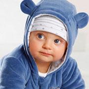Выбор одежды для новорожденного: Как, что и где покупать?