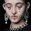 Безумная мода: Украшения для лица из камней – маски, защипы и другое