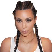 Почему Ким Кардашьян спит с макияжем?