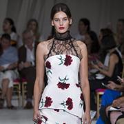 Главные тренды в модных платьях весны-лета 2016