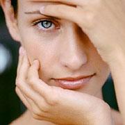 Как убрать темные круги под глазами? Определить причину их появления?