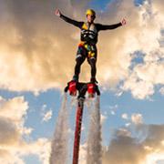 Прыжки из стратосферы, кайтвинг и другие новые экстремальные виды спорта