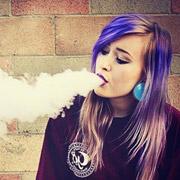 Кто такие вейперы, что значит «парить» и помогает ли это бросить курить?