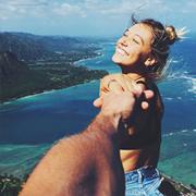 Почему нужно с осторожностью публиковать фото из путешествий?