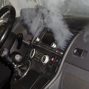 Как самостоятельно почистить кондиционер в автомобиле