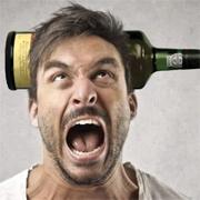 Алкогольный психоз: как его распознать? Что делать?