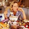 Учеными раскрыт механизм «нервного» переедания